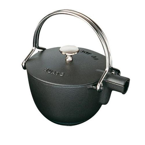 Staub 1650023 Cast Iron Round Tea Kettle 1-quart Black Matte