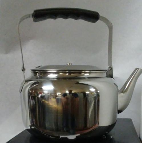 Stainless Steel Tea Pot Elegant Exterior Finish Tea Kettle.