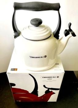 WHITE *Le Creuset* 2.1L  Vitreous Enamel Tea Kettle Q9201-16